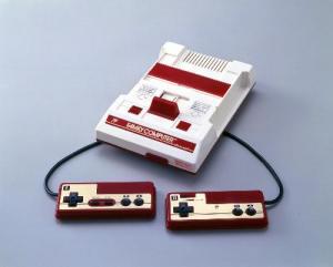1983年に発売されたファミコン
