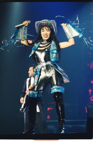 【1988年~】公開リハーサルで歌う松任谷由実さん=1992年12月撮影