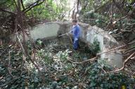 沖ノ島に残る砲台の跡=2008年12月10日