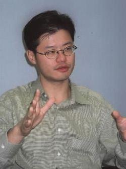 米ヤフー共同創業者のジェリー・ヤン氏。1995年、米スタンフォード大在籍中にヤフーを設立=2000年3月