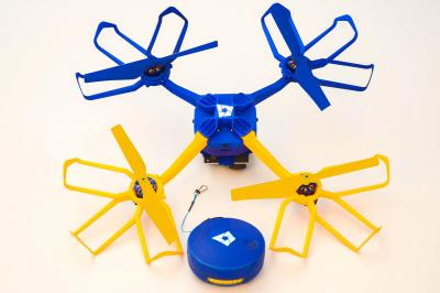 構造はシンプル。「ドローン」部分にひもが付いているだけ=Perspective Robotics AG社提供