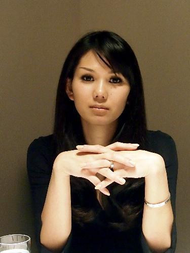 金原ひとみさん、第130回芥川賞を受賞=2012年12月