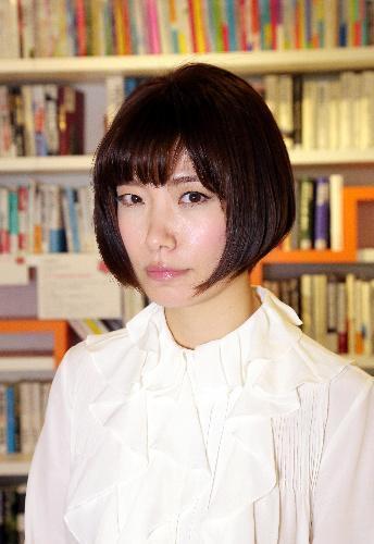 川上未映子さん、第138回芥川賞を受賞=2015年3月5日