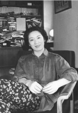 向田邦子さん、第83回直木賞を受賞=1999年11月11日