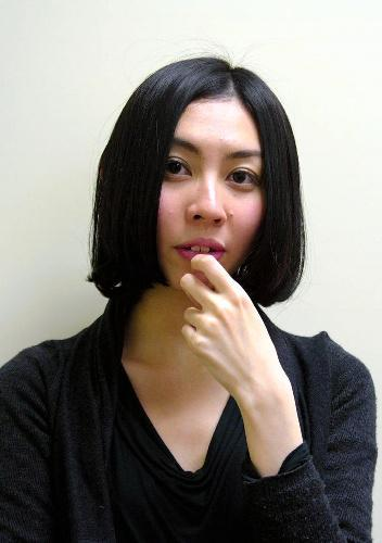 朝吹真理子さん、第144回芥川賞=2011年1月