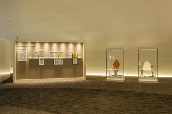 TOTOミュージアムに展示されている各種遺産に認定された商品