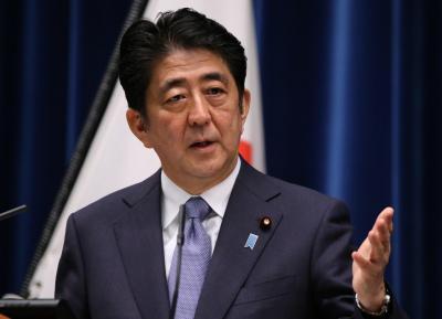戦後70年の談話を発表する安倍晋三首相=2015年8月14日、飯塚晋一撮影