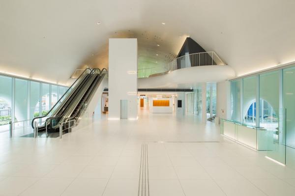 「TOTOミュージアム」1階ホール