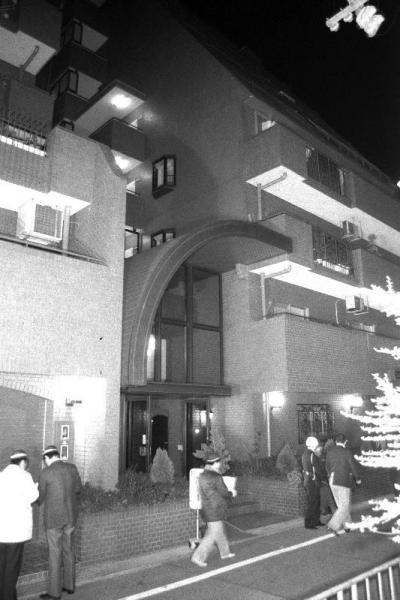 山口組の竹中組長らが対立する暴力団一和会系の4組員に襲われ、殺害されたマンション=1985年1月26日