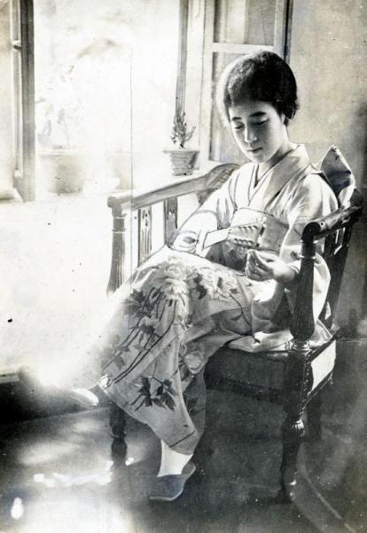 【1931年ごろ】清朝皇族粛親王の第14王女の川島芳子さん