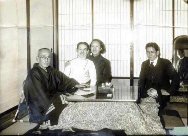 【1937年ごろ】左から川島浪速、川島芳子、川島廉子さん(清朝皇族粛親王の孫娘で芳子の姪)