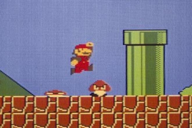 1985年に発売された「スーパーマリオブラザーズ」のゲーム画面