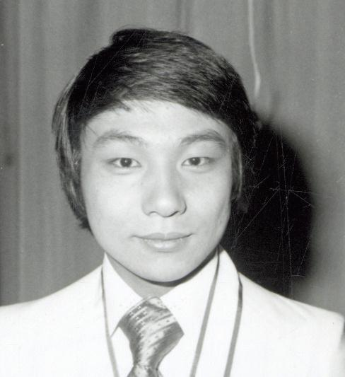「お笑いマンガ道場」に頻繁にゲスト出演した三波豊和さん =1976年