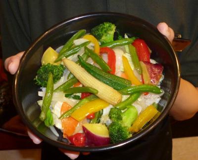 11種類の野菜を使った「ベジ丼」