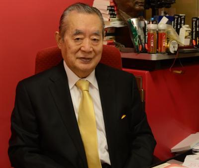 「発明できなかったら、今年末に死ぬ」と明かすドクター・中松氏=長谷川健撮影