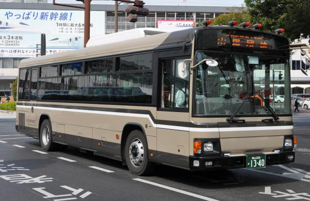 民間の路線バスで日本一の安い運賃になった宇野自動車のバス=同社提供