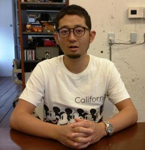 コピーライターの渡辺潤平さん