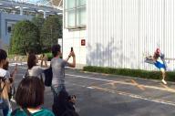 「壁」を撮影するインスタ上のグループ「#ザ壁部」