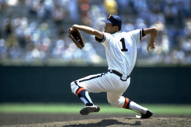 函館有斗は第69回全国高等学校野球選手権大会に出場。盛田幸妃さんはエースとして好投