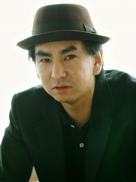 オリジナルラブの田島貴男さん=2003年