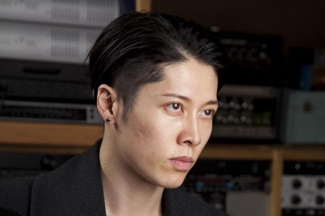 映画「アンブロークン」に出演したギタリストのMIYAVIさん。苛烈な日本人軍曹役を演じた=米ロサンゼルス、鈴木香織氏撮影