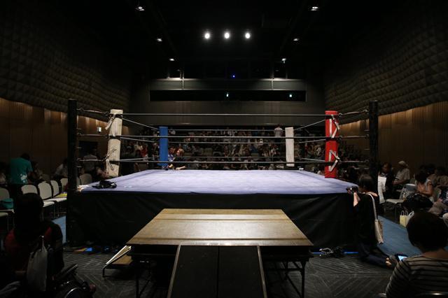 障害者も健常者も闘うドッグレッグスのリング=遠藤啓生撮影