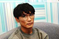 「未来の音楽に嫉妬していたい」と語る、サカナクションの山口一郎=10月22日、カラオケ館上野本店