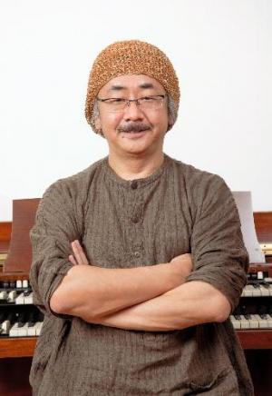 植松伸夫さん=佐賀市文化会館提供