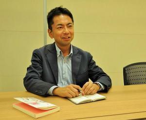 「悩める医師が増えている」と話す医師のキャリアコンサルタントの中村正志さん