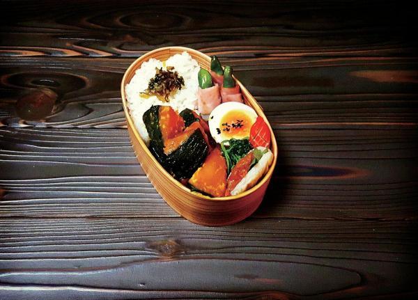 Kaoriさん家の定番料理をお弁当に