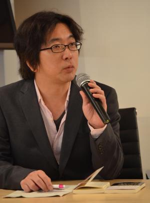 中村淳彦 なかむら・あつひこ1972年東京都生まれ。ノンフィクションライター。大学卒業後、編集プロダクション、出版社を経てフリーに。風俗業やアダルトビデオ業界を長年にわたり取材。新著に『女子大生風俗嬢』(朝日新書)。