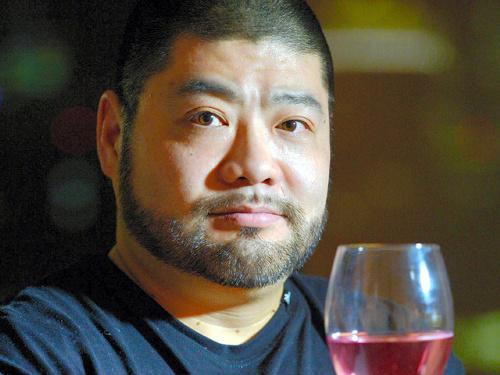 髭男爵・山田ルイ53世さん=2015年1月
