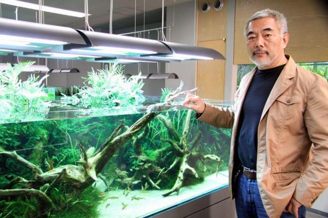 水中の環境を再現したネイチャーアクアリウム(自然水槽)を広めた、元競輪選手で写真家の故天野尚さん。世界コンテストを企画するなど情熱を注いだ=2012年5月