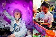 72歳のDJ「KUMEちゃん」(左)と、獣肉料理を出す料理店を経営する美人グラフィックデザイナー宮下慧さん