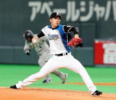 2014年3月29日のオリックス戦に先発した日本ハムの斎藤佑樹投手=札幌ドーム