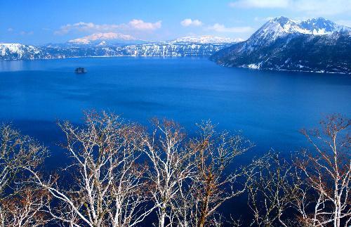 雪の摩周湖=2007年4月19日