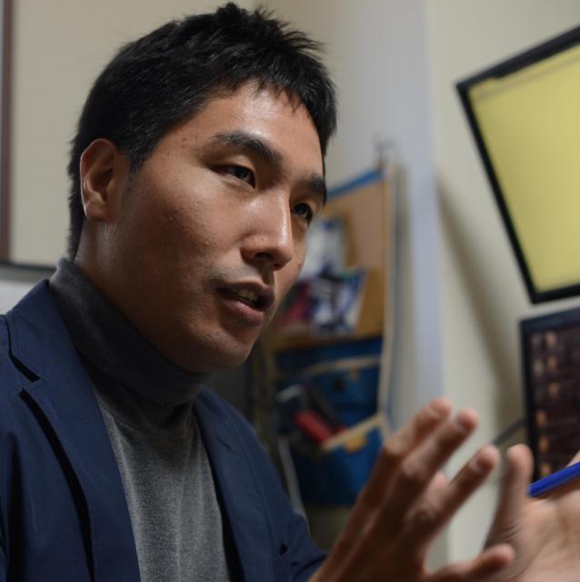 「死はインターネットで学べる」と語る古田さん