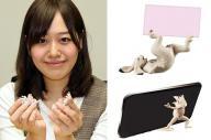 「ガシャポン 鳥獣机画」と、この商品を企画した株式会社バンダイの常木麻衣さん