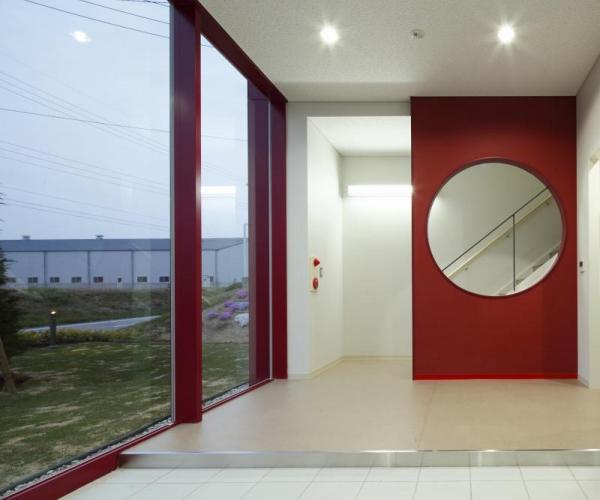 2011年に建設された新工場「ドーナツファクトリー」