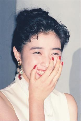 映画の「パラオ」主演の菊池桃子さん=1992年6月15日