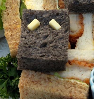 ぬりかべ風サンドウィッチ