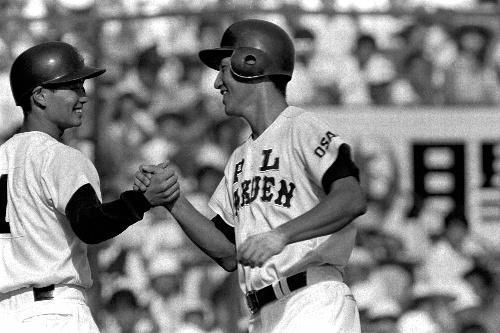PL学園時代の清原(右)と桑田=1984年8月