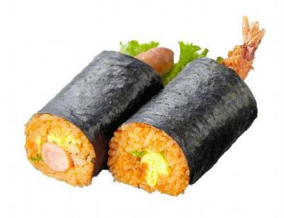 チキンライスの恵方巻き=東武百貨店提供