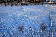 地元の有志たちが再作成したスノーアート