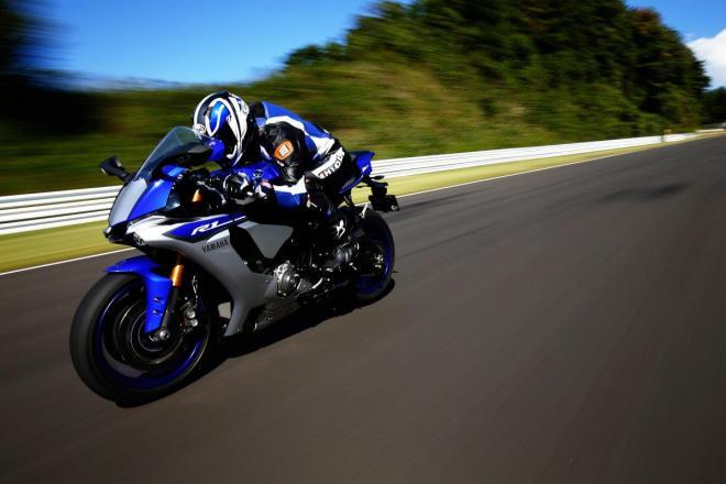 ヤマハ発動機のバイク「YZF-R1」