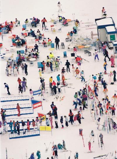 スキー客でにぎわう1992年の新潟・苗場スキー場