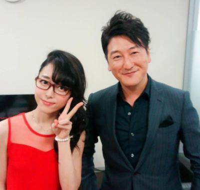 テレビで共演する機会の多い堀潤さんと記念撮影
