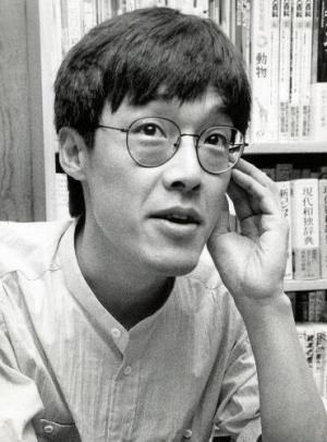 作家の高橋源一郎さん=1988年5月20日