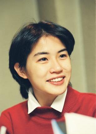 タレントの奥山佳恵さん=1993年11月