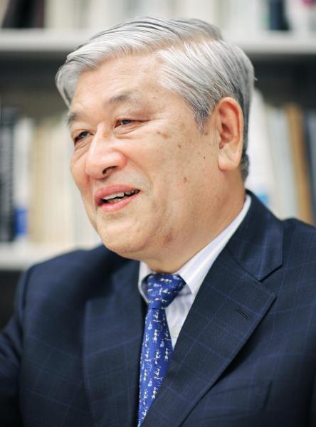 中公新書から「「超」整理法」などを出版した野口悠紀雄氏